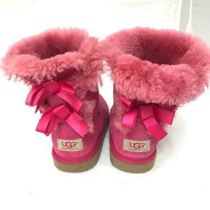 Ugg Bailey Bow kids girls pink boots suede fur